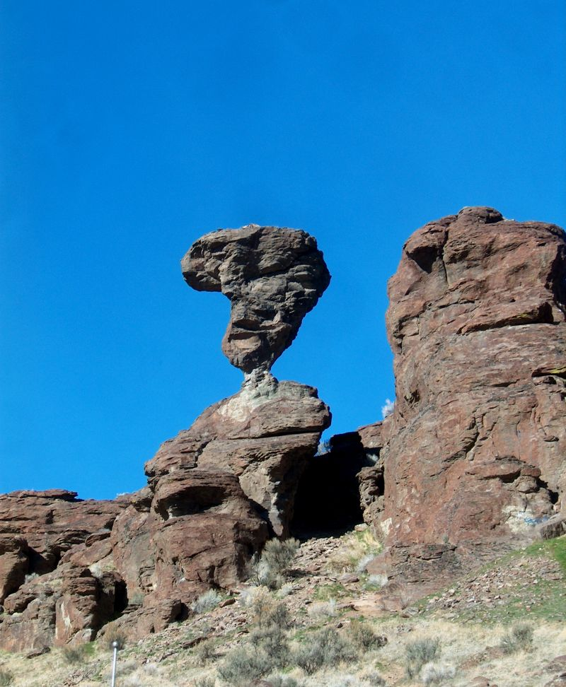 Balanced Rock Idaho