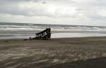 Shipwreck on the Washington Beach